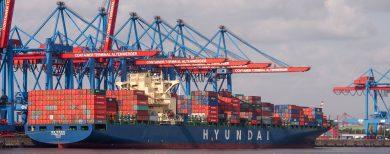 Hamburg: Zuschauen bei der Containerverladung