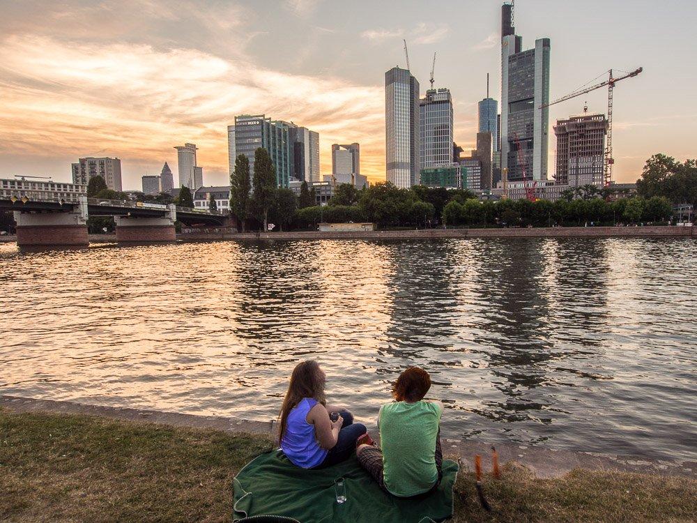 Frankfurt Manhattan am Abend