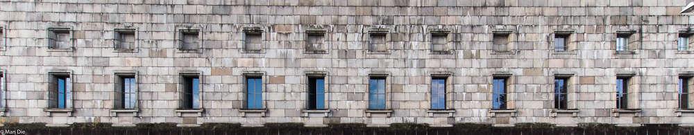 Ausschnitt aus der Fassade Kongresshalle Nürnberg