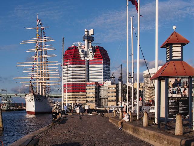 Göteborg, Lipstick vom alten Hafen aus gesehen