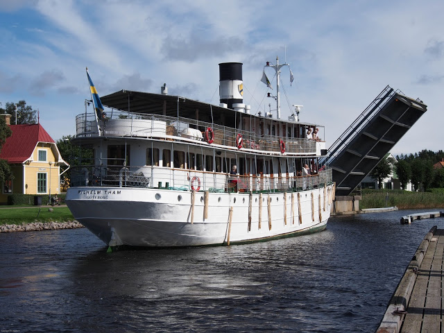 Karlsborg an der Klappbrücke