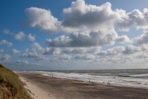 endloser Strand bei Hivide Sande