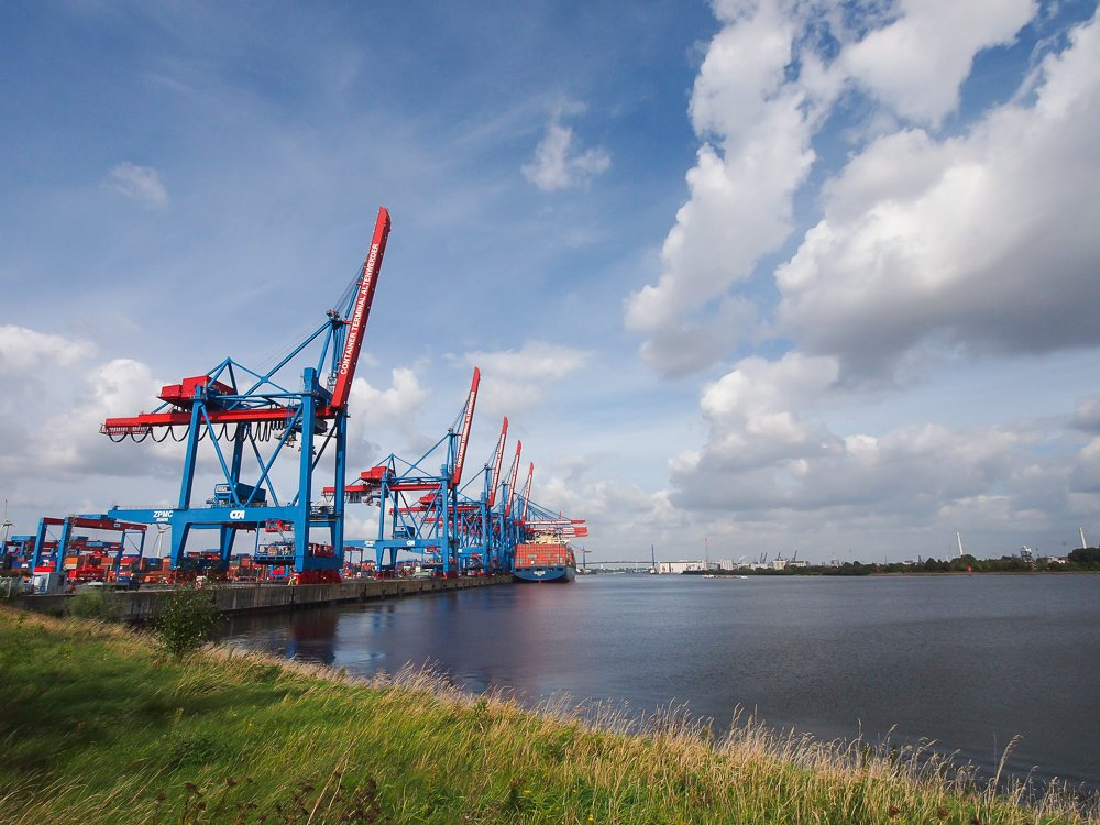 Hafenbetrieb aus der Nähe