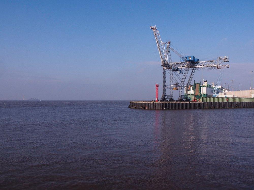 Die Giraffe, ein ganz besonderer Hafenkran in Bremerhaven