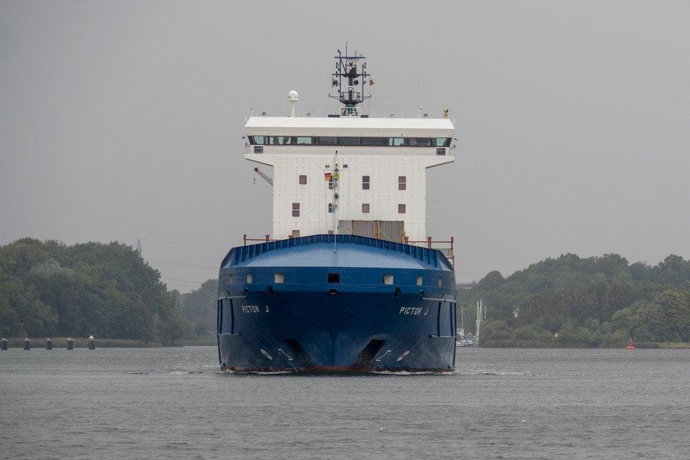 Containertransport auf dem NOK