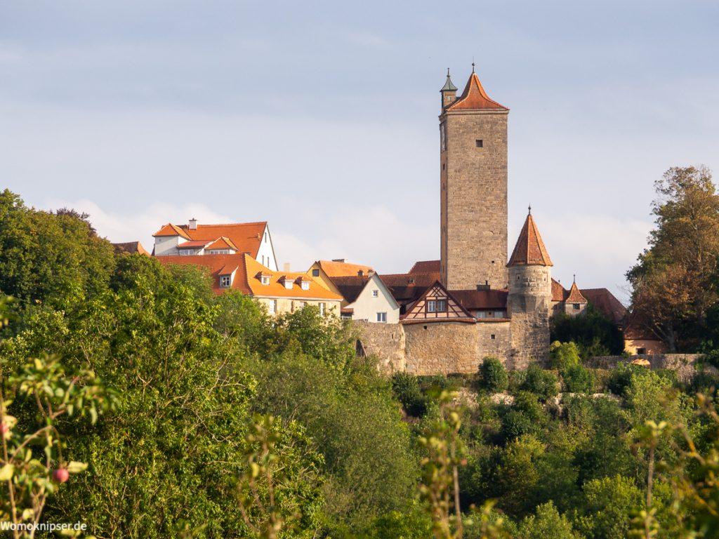 Blick auf Rothenburg ob der Tauber aus dem Taubertal