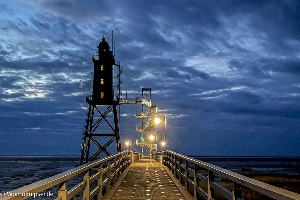 Dorum, Leuchtturm Eversand bei Nacht