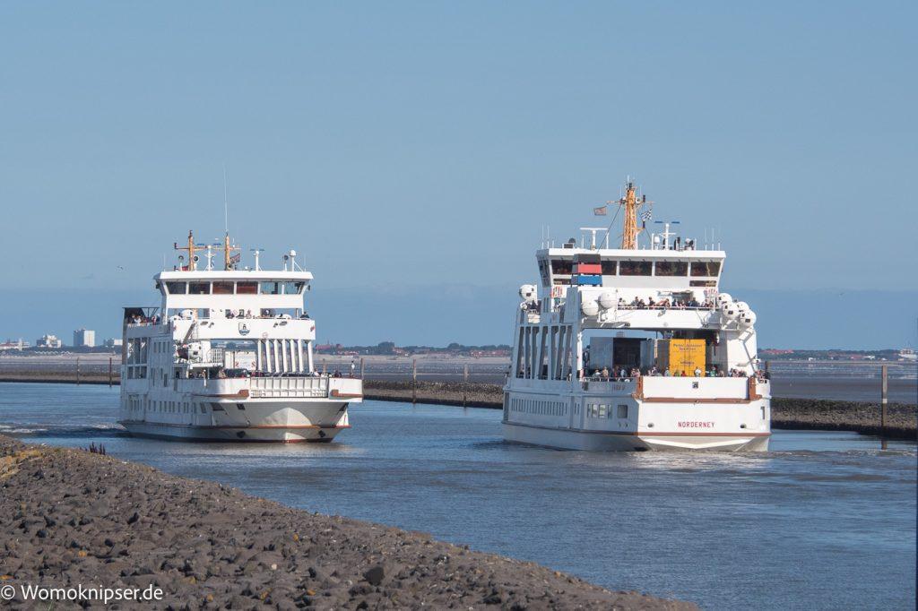 Norddeich Fähren und Hafenbetrieb