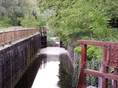 Arzviller,am Kanal
