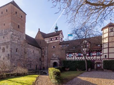 Nürnberg Heidenturm und Eingang zur Kaiserburg