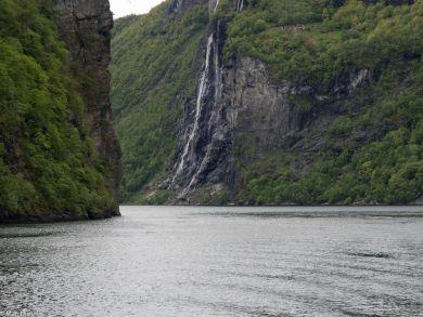Fahrt durch den Geirangerfjord