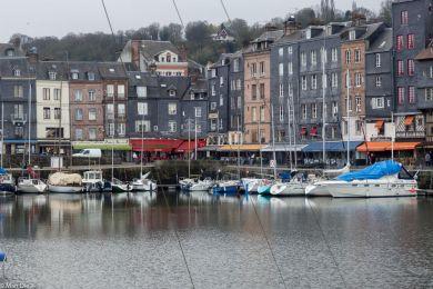 Honfleur, rund um das alte Hafenbecken