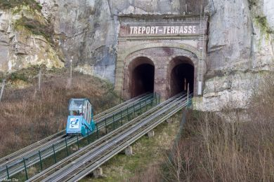 Schrägaufzug in Le Treport