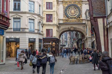 Die bekannte Uhr in Rouen