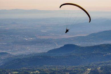 Drachenflieger am Puy des Dome